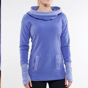 Lululemon apres run pullover hooded size 6 sweater